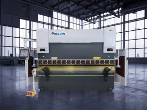 135 tonowy docisk hydrauliczny CNC
