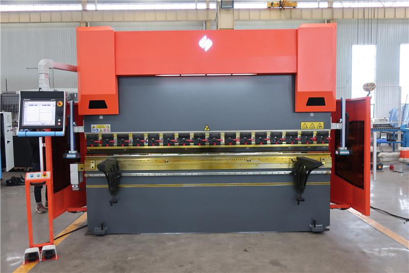 Prasa krawędziowa CNC ACCURL DA66T 4osi 3000 mm