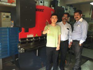Klienci z Indii odwiedzają fabryki i kupują maszyny