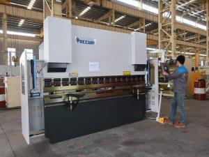 Wysokiej jakości przenośna mała 30 tonowa giętarka CNC, mała prasa krawędziowa